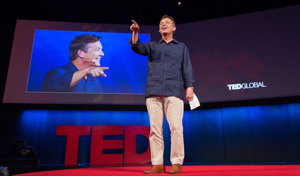 Блестящая речь: 4 правила публичных выступлений от куратора TED