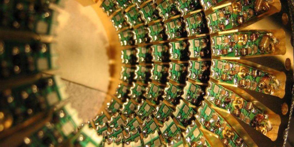 Шаг в непостижимое: зачем нужны квантовые компьютеры