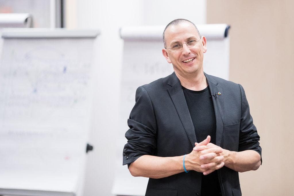 Мастер-класс «Искусство ведения переговоров» с экспертом Моти Кристалом