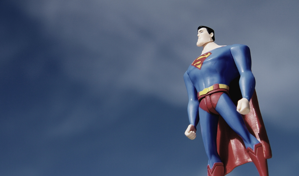 Супермен поневоле: как детские травмы формируют опасную стрессоустойчивость
