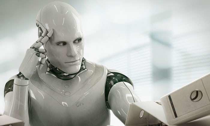 «Его звали Джаред»: как роботы стали сексистами