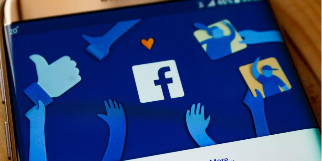 К вам полиция: как Facebook пытается предотвратить самоубийства