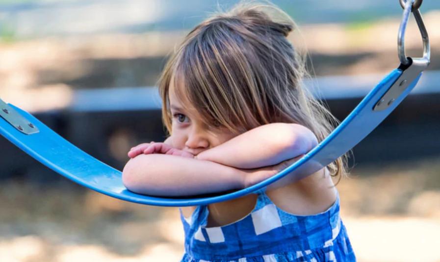 «Ой, там люди»: детство в эпоху COVID